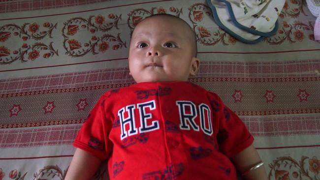 Đồng Nai: Bé trai bụ bẫm khoảng 3 tháng tuổi bị bỏ rơi đang tìm bố mẹ, người thân - Ảnh 2.