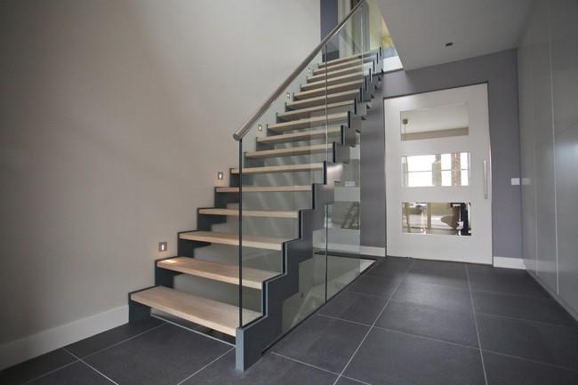 6 điều bạn không thể quên khi bắt tay vào thiết kế cầu thang - Ảnh 2.