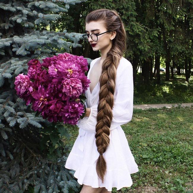 Chùm ảnh: Những mái tóc dày bồng bềnh được xếp vào hàng hiếm có khó tìm trên thế giới khiến bạn phải thốt lên không thể tin nổi! - Ảnh 21.