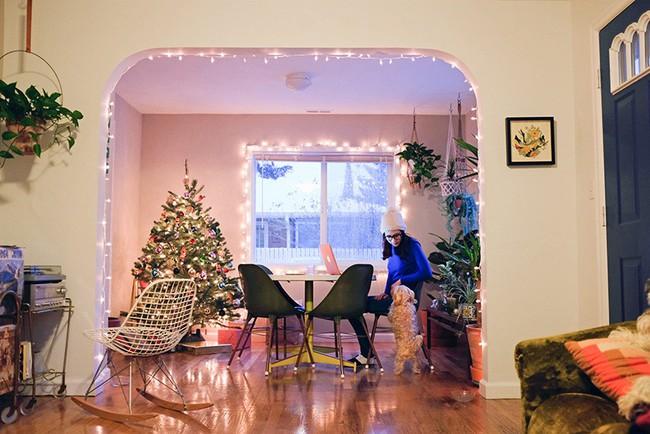 Ngôi nhà cấp 4 ngập tràn tình yêu và hạnh phúc với điểm nhấn từ cây xanh của cặp vợ chồng yêu nhau từ thời học sinh - Ảnh 3.
