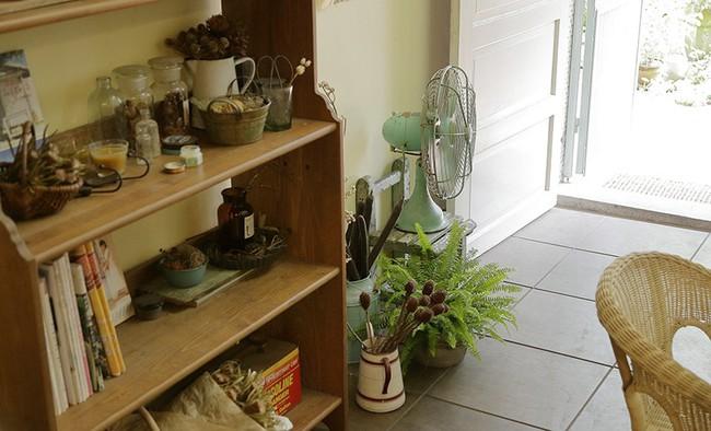 Cô gái trẻ tự tay cải tạo không gian cũ kỹ thành ngôi nhà vườn đẹp lãng mạn với cây xanh - Ảnh 6.