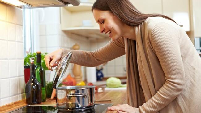Ngày nào cũng nấu cơm nhưng cứ mắc phải những lỗi sai ngớ ngẩn này thì muôn đời bạn không nấu được nồi cơm dẻo ngon - Ảnh 3.