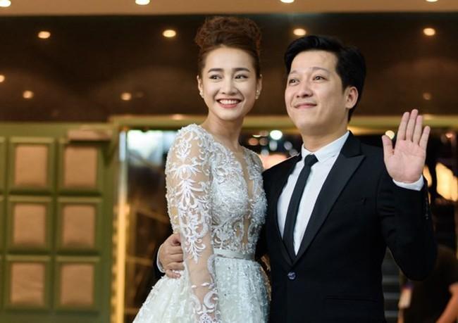 """Nhã Phương - Trường Giang """"xôi hỏng bỏng không"""" rồi, Đàm Vĩnh Hưng đã để lộ ngày cưới rồi còn giấu gì nữa - Ảnh 2."""