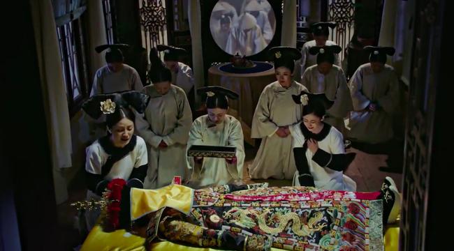 Hoàng hậu - Đổng Khiết chết khán giả cười rần rần, cảnh bi thương mà hài hước chẳng khác nào phim cương thi  - Ảnh 5.