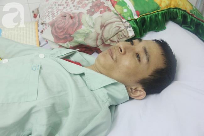 Xin cơm từ thiện suốt 2 năm, người mẹ nuôi con trai tật nguyền chỉ ước có một bữa no rồi chết cùng con - Ảnh 3.