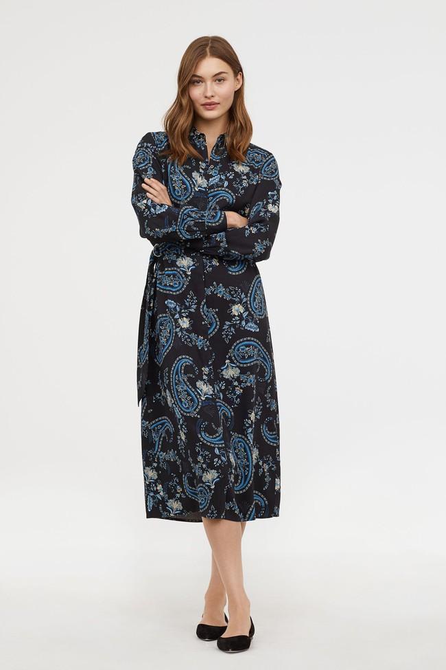 Để không chậm chân như Hà Hồ, hãy tham khảo ngay 10 mẫu váy midi mới nhất từ Zara, H&M dành riêng cho mùa thu này - Ảnh 11.
