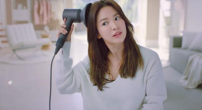 Sau kết hôn, Song Hye Kyo bật mí 3 phương pháp giữ gìn nhan sắc mà bất kỳ cô gái nào cũng làm được - Ảnh 2.