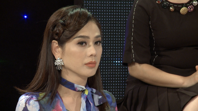 Lâm Khánh Chi tổn thương vì mẹ chồng chỉ im lặng khi người khác nói: Sao lại để con trai lấy người chuyển giới? - Ảnh 3.