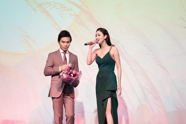 Lần đầu hát cùng Mạnh Quỳnh, Á hậu Hà Thu xúc động đến phát run  - Ảnh 6.