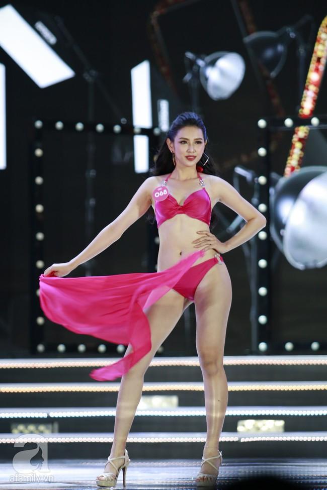Chung kết HHVN 2018: Top 10 lộ diện gồm nữ tiếp viên hàng không, người đẹp từng nặng 90kg - Ảnh 21.