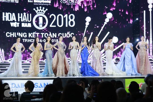 Chung kết HHVN 2018: Top 10 lộ diện gồm nữ tiếp viên hàng không, người đẹp từng nặng 90kg - Ảnh 1.