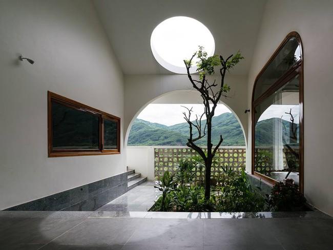 Ngắm ngôi nhà mang tên An Lão, trọn vẹn và đẹp đẽ như tấm lòng của người con dành tặng cho cha mẹ ở Bình Định - Ảnh 13.