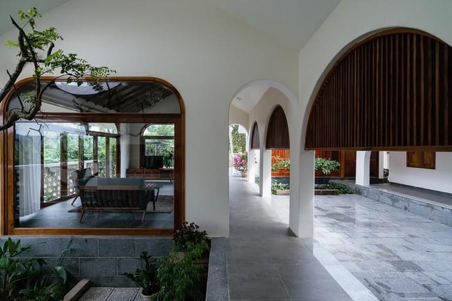 Ngắm ngôi nhà mang tên An Lão, trọn vẹn và đẹp đẽ như tấm lòng của người con dành tặng cho cha mẹ ở Bình Định - Ảnh 6.