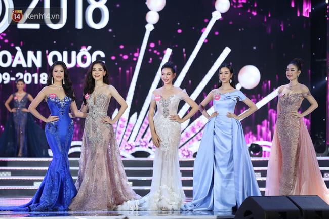 Style makeup của thí sinh Hoa hậu Việt Nam 2018 đáng khen bất ngờ, cô nào cô nấy đều xinh chứ không hề già nua, cứng nhắc - Ảnh 1.