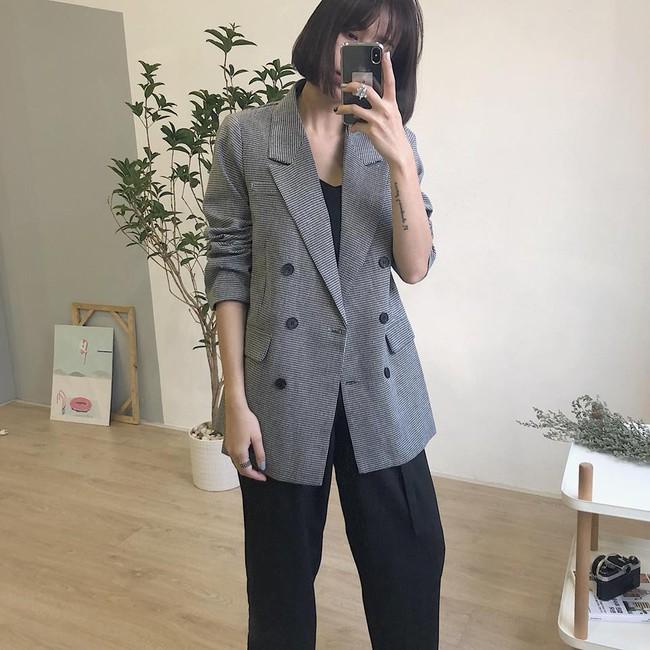 Đừng chỉ mải sính ngoại, thương hiệu Việt cũng có nhiều mẫu blazer xinh xắn mà nếu bạn không sắm ngay thì quả là thiếu sót  - Ảnh 14.