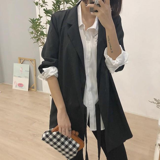 Đừng chỉ mải sính ngoại, thương hiệu Việt cũng có nhiều mẫu blazer xinh xắn mà nếu bạn không sắm ngay thì quả là thiếu sót  - Ảnh 15.
