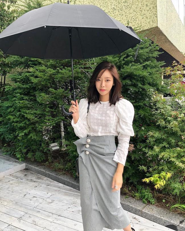 Chưa lạnh hẳn nhưng áo len và cardigan đã rục rịch phủ kín street style Châu Á tuần này - ảnh 14
