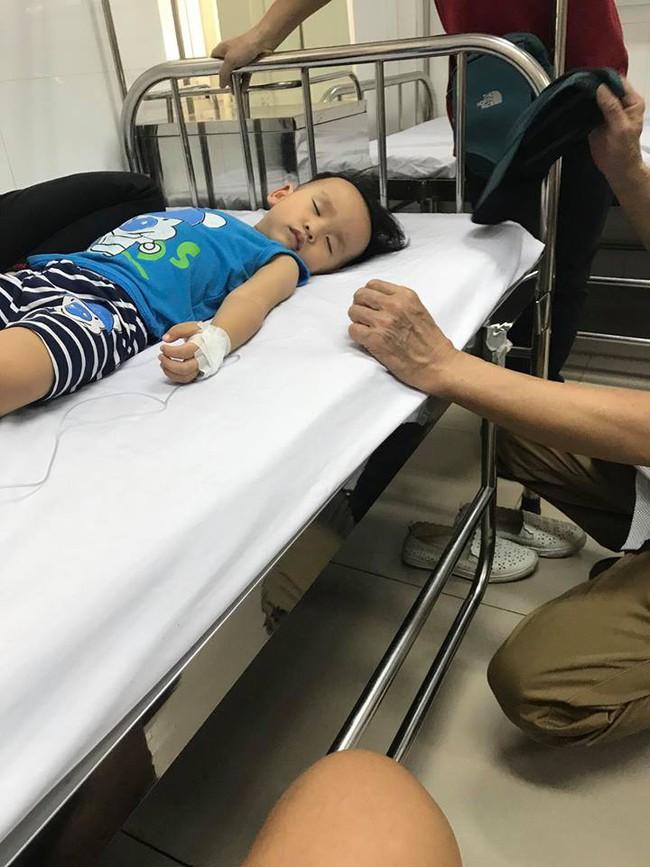Để mặc con khóc mà không dỗ, ông bố Hà Nội suýt mất con vì bé khóc đến co giật và bất tỉnh - Ảnh 2.