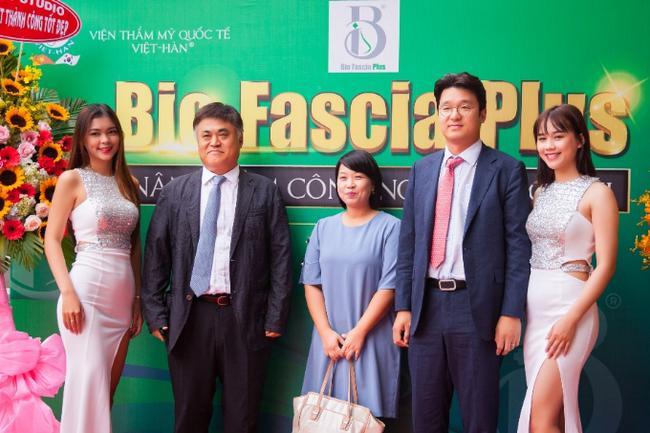 Chuyên gia Hàn, Việt giới thiệu công nghệ nâng mũi Bio Fascia Plus - Ảnh 2.