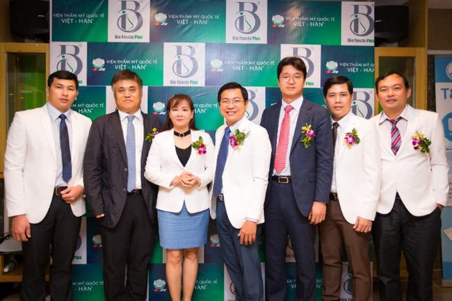 Chuyên gia Hàn, Việt giới thiệu công nghệ nâng mũi Bio Fascia Plus - Ảnh 3.