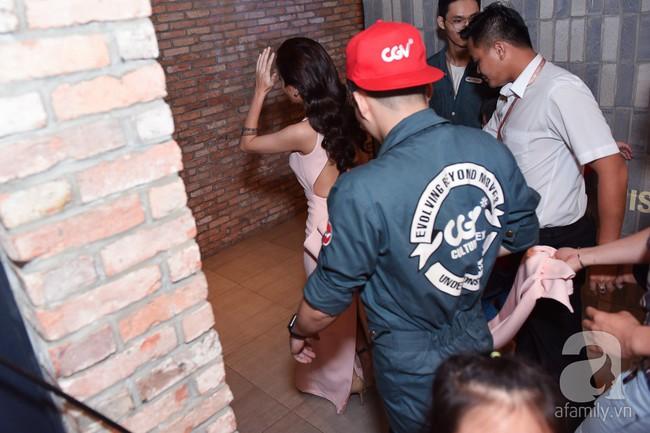 Vắng mặt Cát Phượng, Kiều Minh Tuấn và An Nguy vẫn lơ đẹp nhau trong họp báo phim - Ảnh 14.