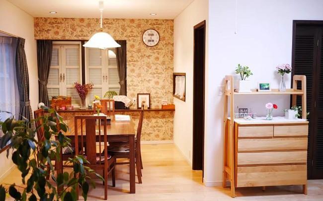 Ngôi nhà nhỏ lãng mạn của đôi vợ chồng trẻ từ bỏ cuộc sống ở Tokyo, Nhật Bản để về ngoại ô sinh sống - Ảnh 15.