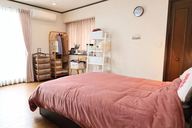Ngôi nhà nhỏ lãng mạn của đôi vợ chồng trẻ từ bỏ cuộc sống ở Tokyo, Nhật Bản để về ngoại ô sinh sống - Ảnh 27.