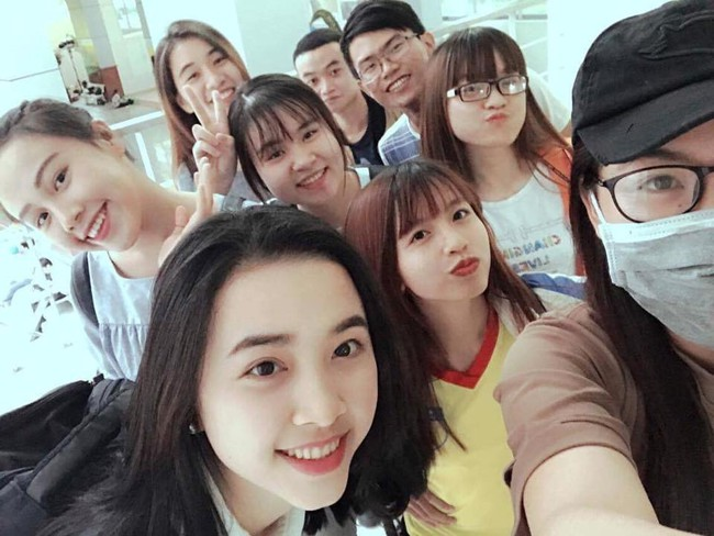 Nhìn Hoa hậu - Á hậu Việt Nam 2018 makeup nhẹ nhàng sẽ thấy son phấn đôi khi cũng nợ con gái một lời xin lỗi! - Ảnh 8.