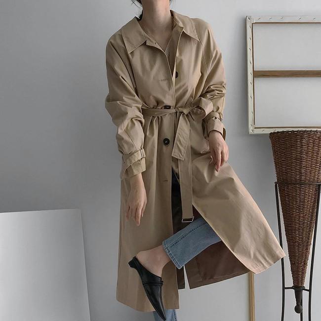 Thu này có thêm 4 kiểu áo khoác mỏng vừa xinh lại cá tính để bạn không phải mặc nguyên cả mùa mỗi chiếc blazer - Ảnh 1.