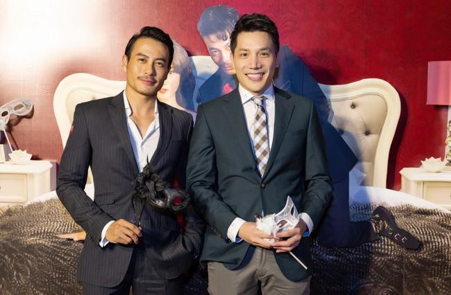 Hoàng Yến Chibi và Quang Đăng tình tứ nhảy múa trong họp báo  - Ảnh 5.