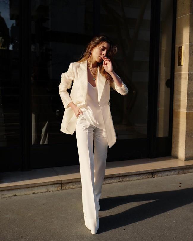 Sắm đủ 6 món đồ này, bạn hoàn toàn có thể mặc đẹp như một quý cô người Pháp - Ảnh 5.