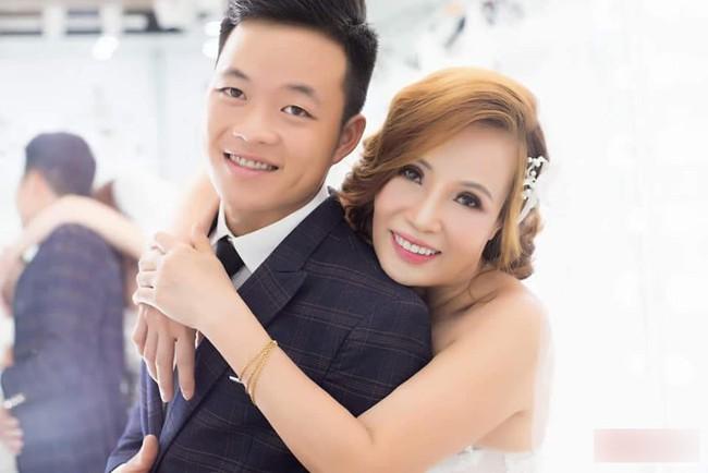 Cô dâu 61 và chú rể 26 từng khiến MXH bàn tàn xôn xao suốt thời gian qua, hôm nay đã chính thức thành hôn - Ảnh 1.