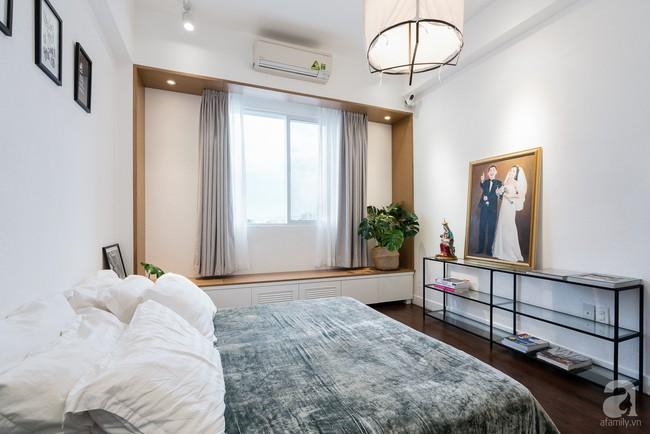 Căn hộ ở Sài Gòn đẹp bất ngờ với màu đen xám cá tính sau khi được cải tạo từ không gian cũ kỹ  - Ảnh 13.