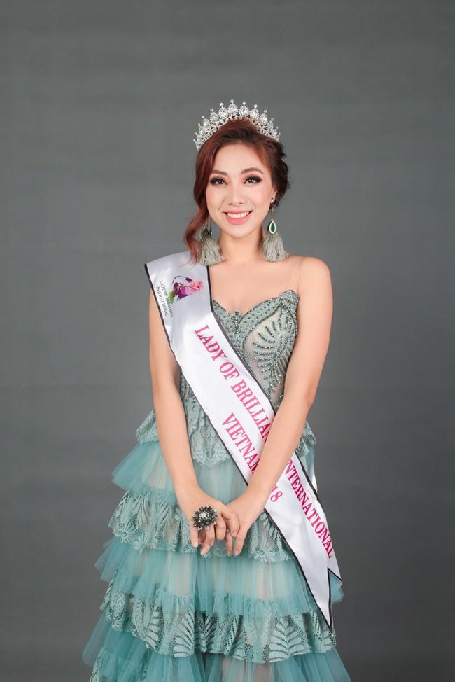 Miko Lan Trinh bất ngờ đoạt danh hiệu Hoa hậu Tài năng - Ảnh 3.