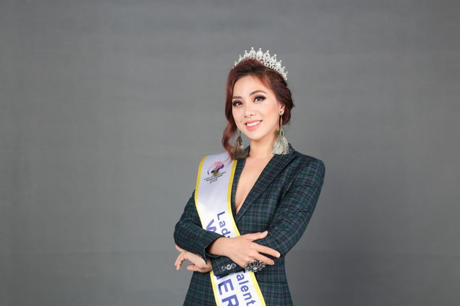 Miko Lan Trinh bất ngờ đoạt danh hiệu Hoa hậu Tài năng - Ảnh 4.