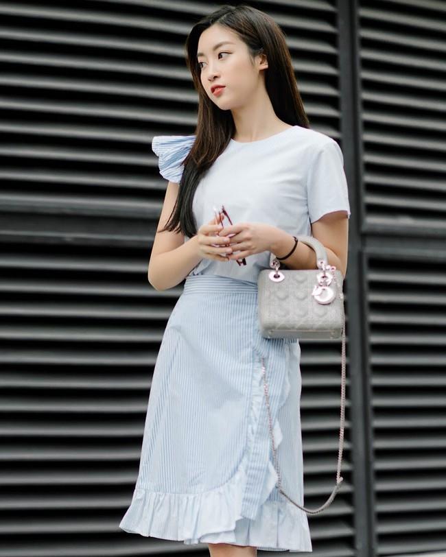 Nhiều Hoa hậu có nguyên tủ đồ hiệu tiền tỷ, Đỗ Mỹ Linh chỉ khiêm tốn mua 7 chiếc túi, dùng đi dùng lại suốt thời gian qua - Ảnh 3.