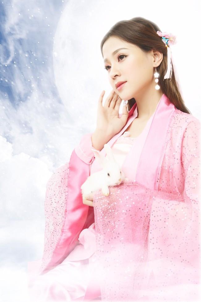 Xuất hiện cô gái xinh đẹp khiến Hari Won nổi cơn ghen lồng lộn với Trấn Thành - Ảnh 3.