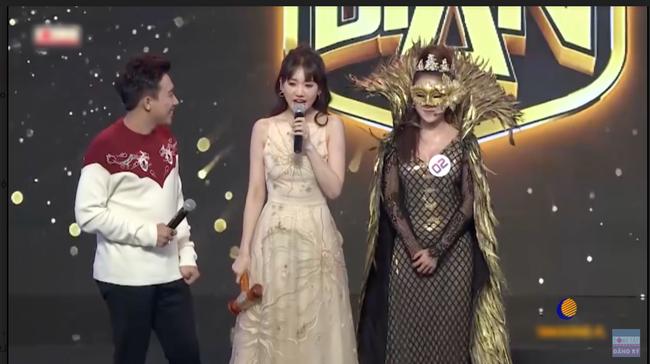Xuất hiện cô gái xinh đẹp khiến Hari Won nổi cơn ghen lồng lộn với Trấn Thành - Ảnh 1.