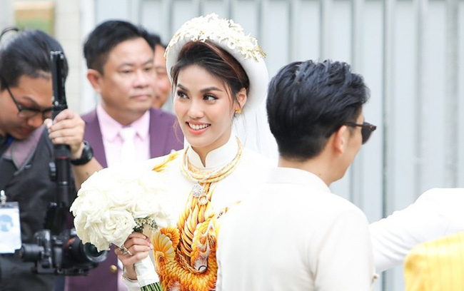 Kì lạ chưa, cả ba siêu đám cưới của showbiz Việt năm 2018 đều dính đến chuyện ba người - Ảnh 7.
