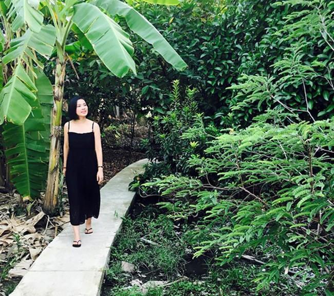 Người đẹp Tây Đô Việt Trinh và ngôi nhà an yên bên khu vườn ngập tràn rau trái - Ảnh 4.