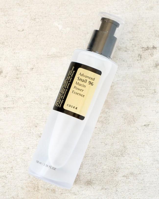 Chỉ cần thêm sản phẩm này vào chu trình skincare, thì đông này không lo da khô khốc hay tróc vảy  - Ảnh 12.