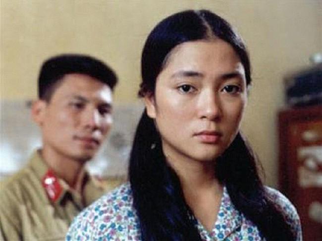 Đóng phim hay, có giọng hát tốt, vì sao Hoa hậu Nguyễn Thị Huyền không bước chân vào showbiz? - Ảnh 1.