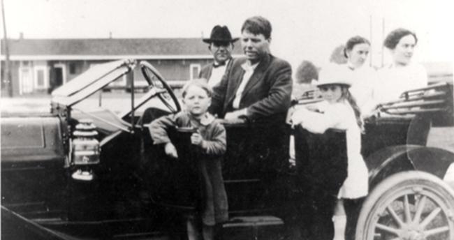 Cậu bé 4 tuổi mất tích và trở về an toàn, 90 năm sau chân tướng bại lộ nhưng không một ai giải thích được điều gì đã xảy ra? - Ảnh 1.