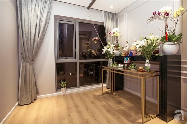 Ngắm căn hộ 82m² đậm chất nam tính của gia chủ thích tiếp đón bạn bè ở TP. HCM - Ảnh 8.