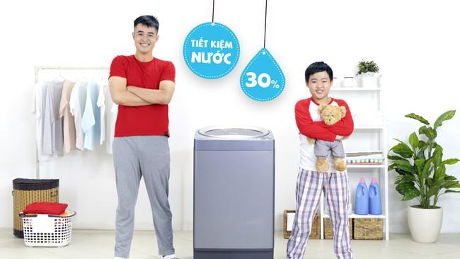 Mẹo tiết kiệm nước khi giặt máy trong mùa mưa - Ảnh 3.
