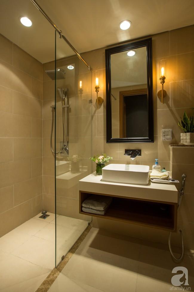 Ngắm căn hộ 82m² đậm chất nam tính của gia chủ thích tiếp đón bạn bè ở TP. HCM - Ảnh 9.
