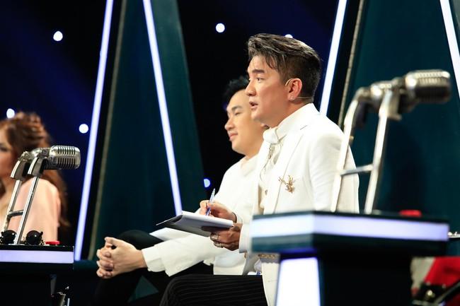 Tự tin thị phạm hát nhạc Bolero trên sân khấu nhưng Minh Tuyết lại muối mặt vì quên lời - Ảnh 6.