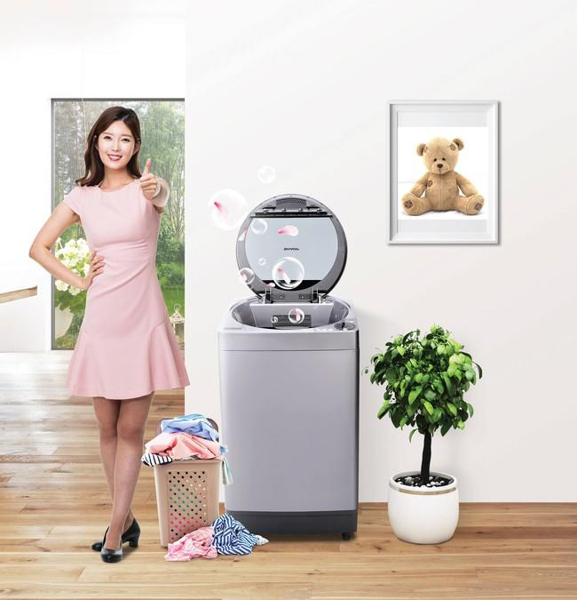 Mẹo tiết kiệm nước khi giặt máy trong mùa mưa - Ảnh 1.