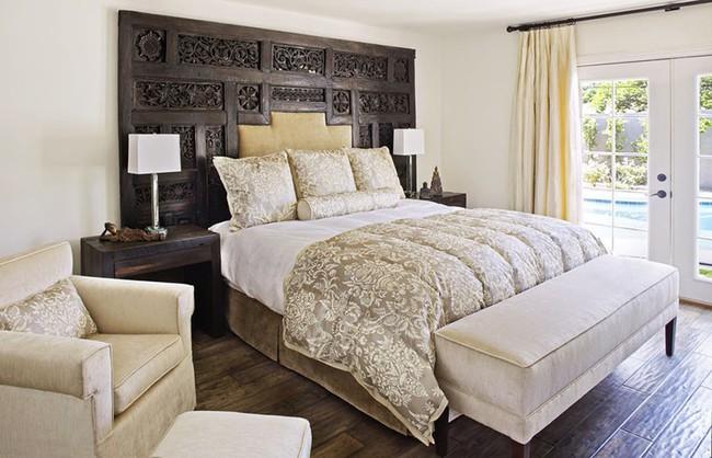 Đã mắt nhìn ngắm những căn phòng ngủ đẹp mơ màng với thiết kế cửa kiểu Pháp - Ảnh 4.