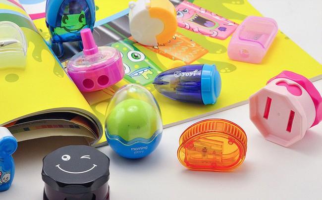 Những dụng cụ và đồ chơi chứa nhiều độc tố, cha mẹ tuyệt đối nên tránh mua cho trẻ sử dụng - Ảnh 1.